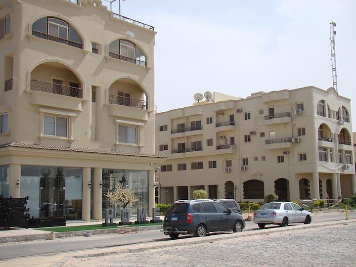 "Villages Road Apartments ""promenade view"""