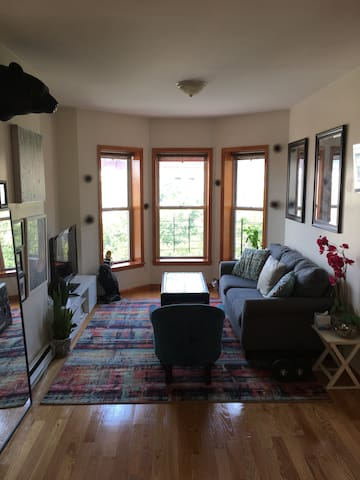 BROOKLYN Private Cozy Room Near by Subway & Ferry