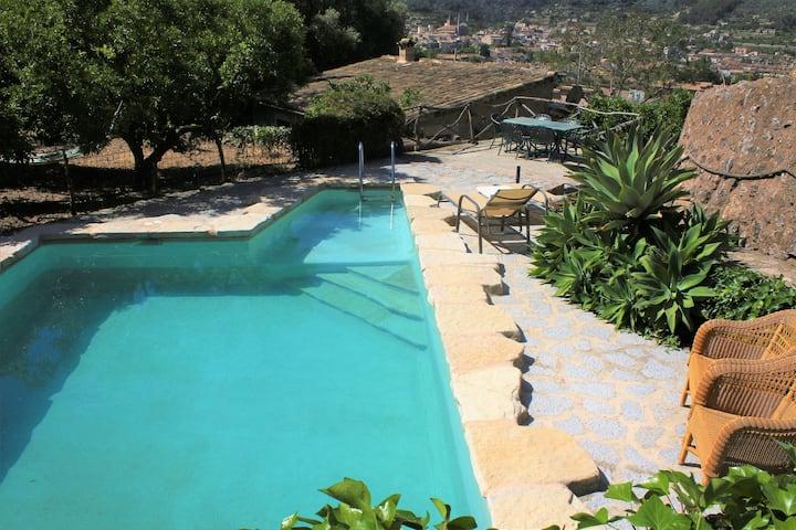 RUSTIC STYLE VILLA IN MALLORCA Sóller,pool,parking