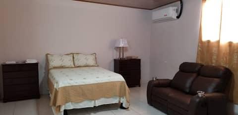 Habitacion De 1 Cama Doble (De 1 a 2 personas)