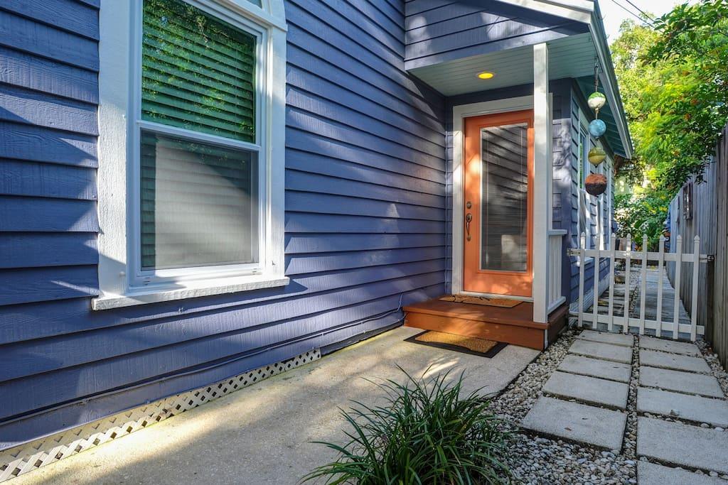 Schooner's Place Front Door