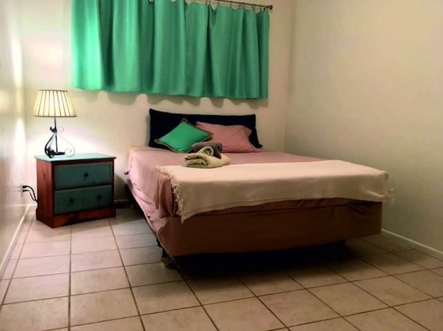 Private room for rent - Miami Springs