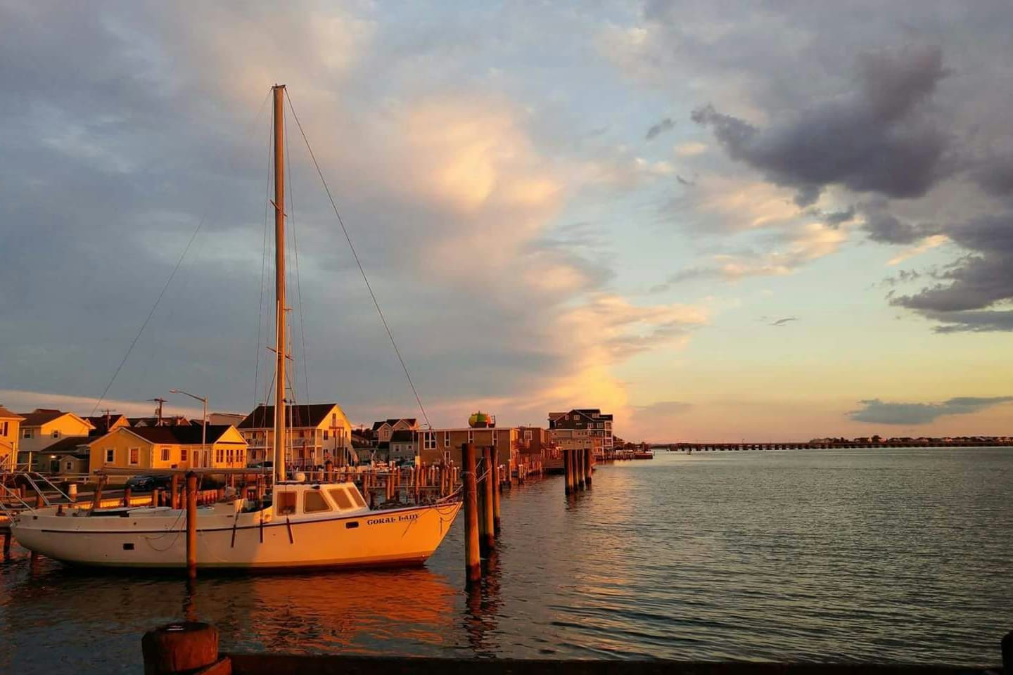 ocean city sunset go to Fish Tails or Mackeys to watch