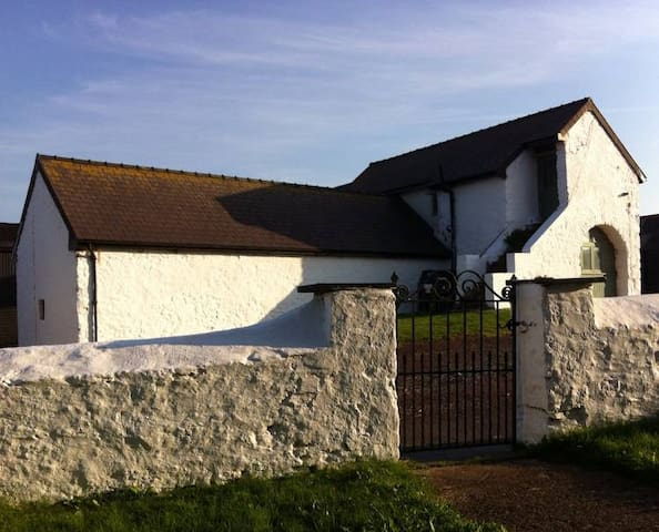The Barn at Kingston, Rural Barn Conversion nr sea - Pembrokeshire - Feriehus