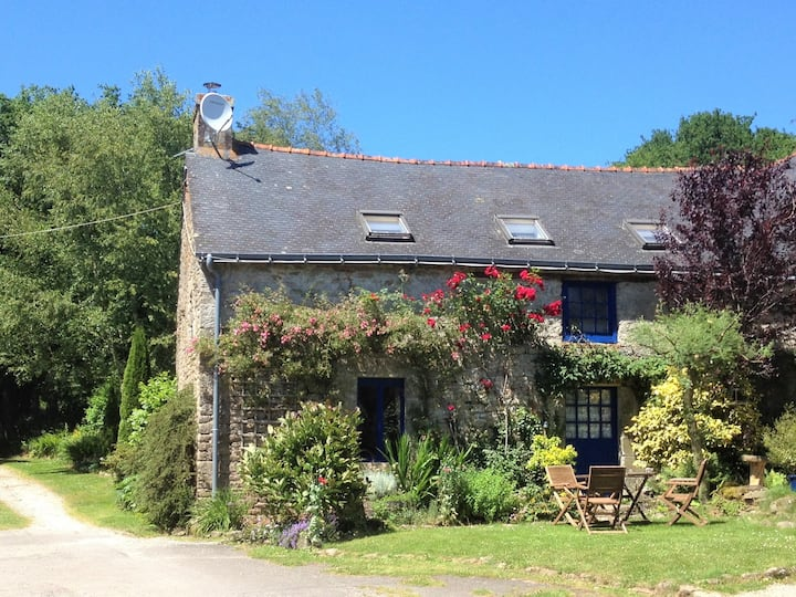 Mimosa Cottage - Morbihan, Brittany - Sleeps 5/6