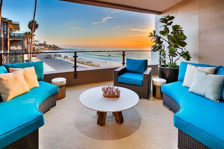 Luxurious New Oceanfront Condo, Steps From Beach! - San Diego