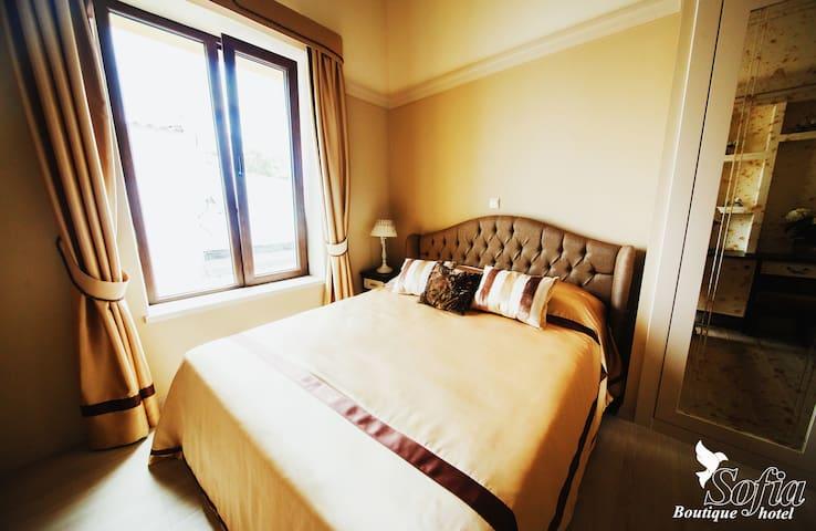 SOFIA BOUTIQUE HOTEL №6