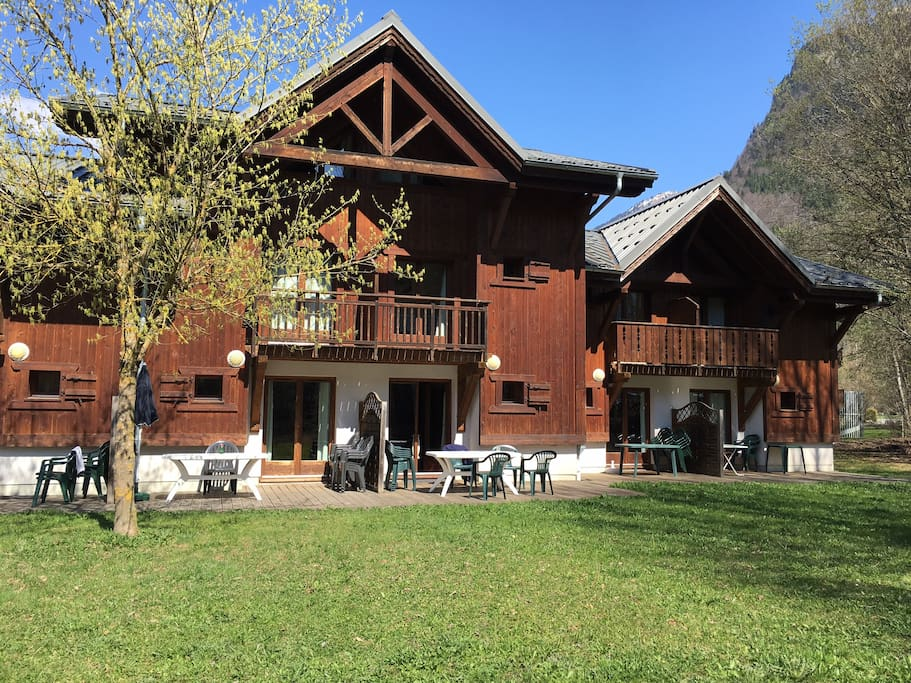 3 Storey Chalet - South Facing with Large Terrace