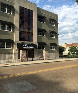 Studio Apartment Downtown Jackson, TN - Jackson - Leilighet
