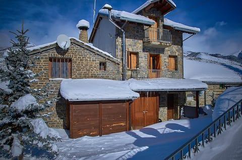 Casa Aytana Casa de Montaña con mucho encanto....