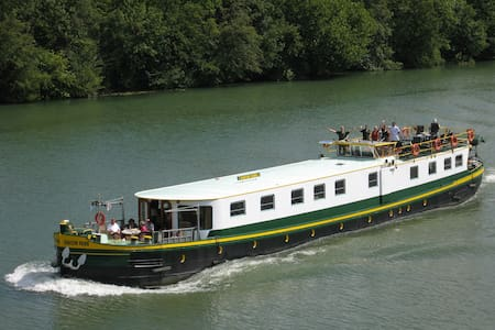 Luxury hotel barge central Maastricht - 6 guests - Maastricht