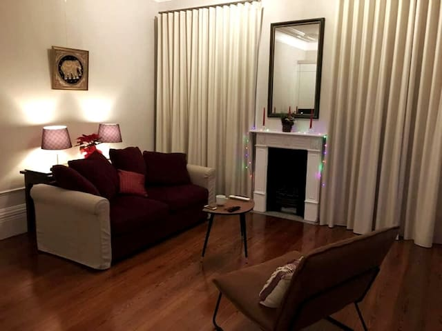 Luxurious apartment for 5 persons in guesthouse