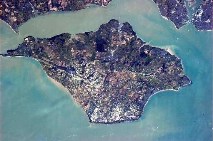 Isle of Wight Guidebook