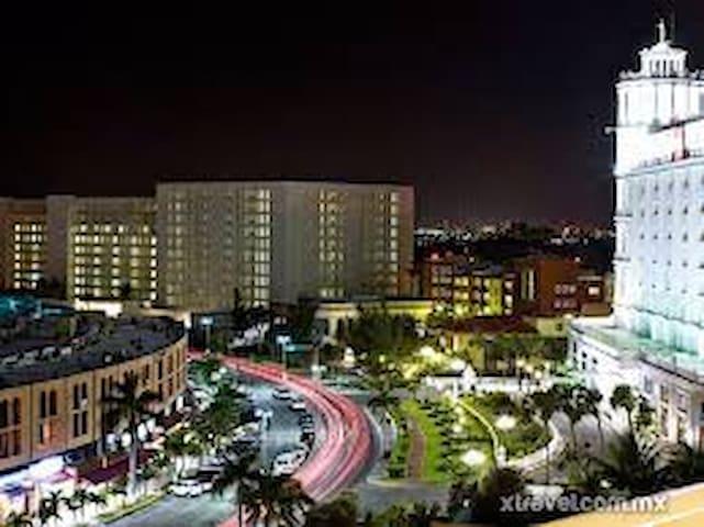 Hotel Zone  Exclusive Apartment