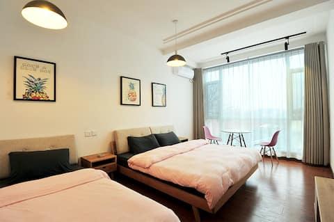 长岛仙品渔家乐room5,北欧文艺家庭3人间(1张1.8米的大床+1张1米的单人床)