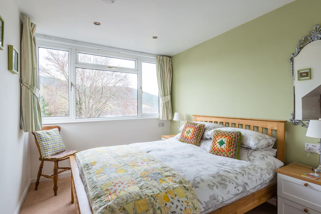 Double bedroom with soft duvets and Egyptian Cotton bedding