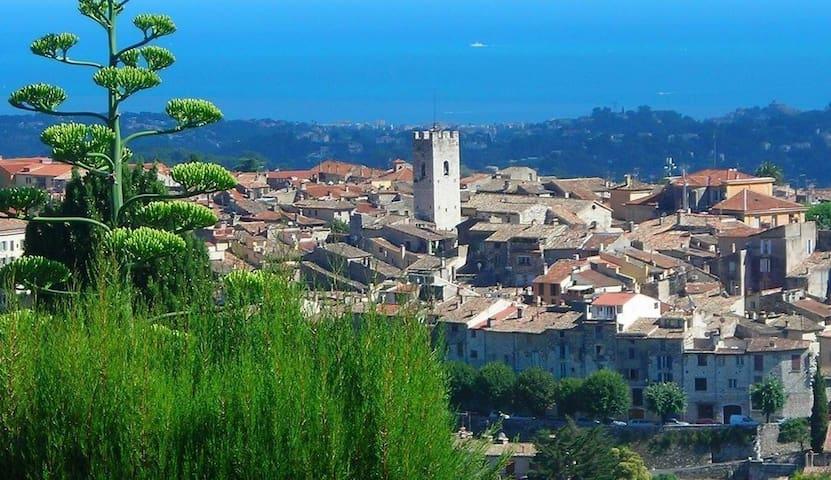 Willkommen an der Côte d'Azur