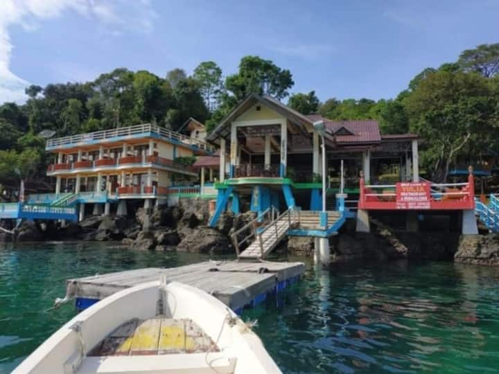 Yulia bungalow sabang aceh indonesia