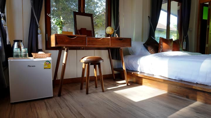 Baan Leum Payla Homestay: Dang Kampu Asura Room