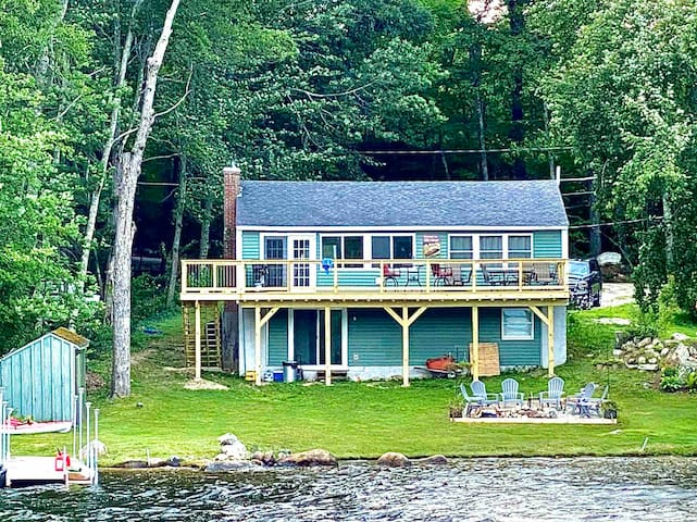 Little Sebago lakefront retreat