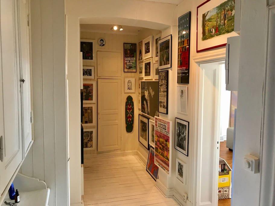 Korridor till badrum och kök