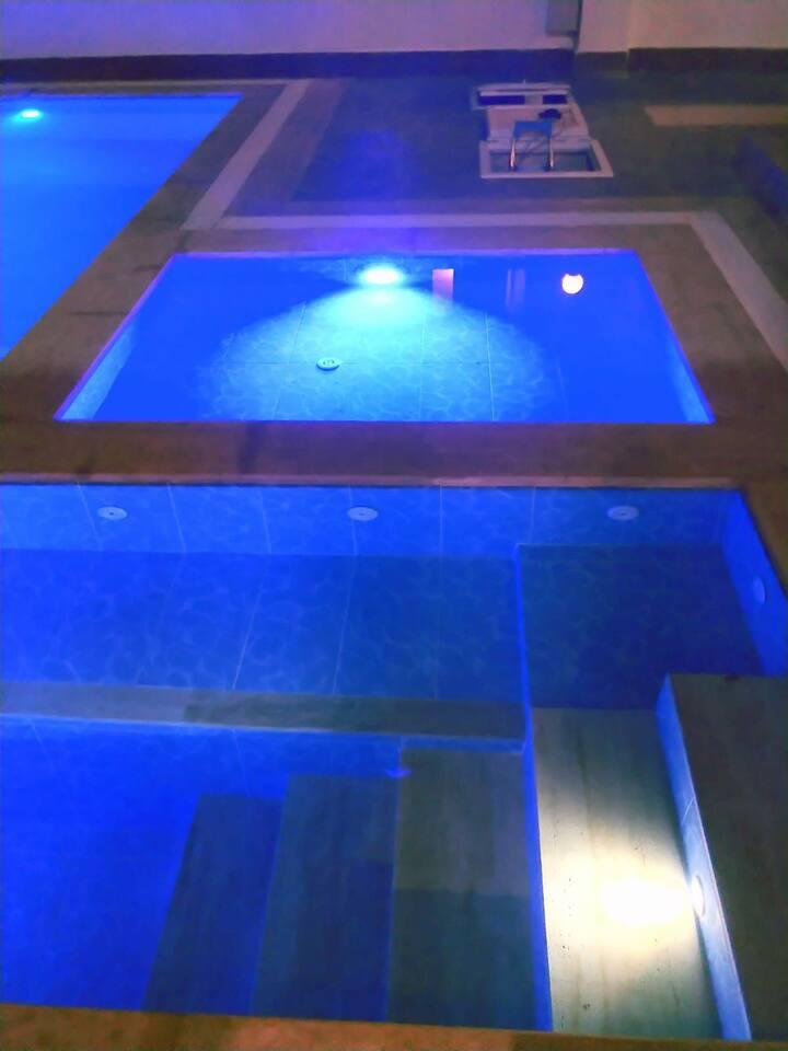 Tesettūrlü aileye özel  havuzlu villa