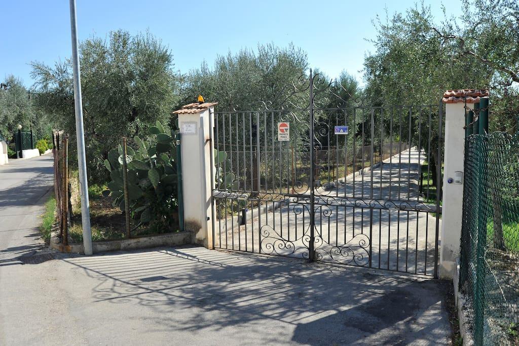 Cancello automatico di ingresso