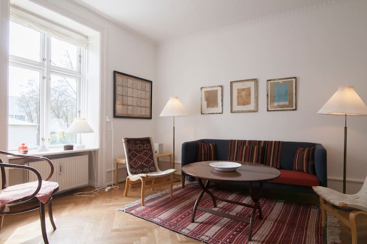 Classic apt in quiet part of CPH