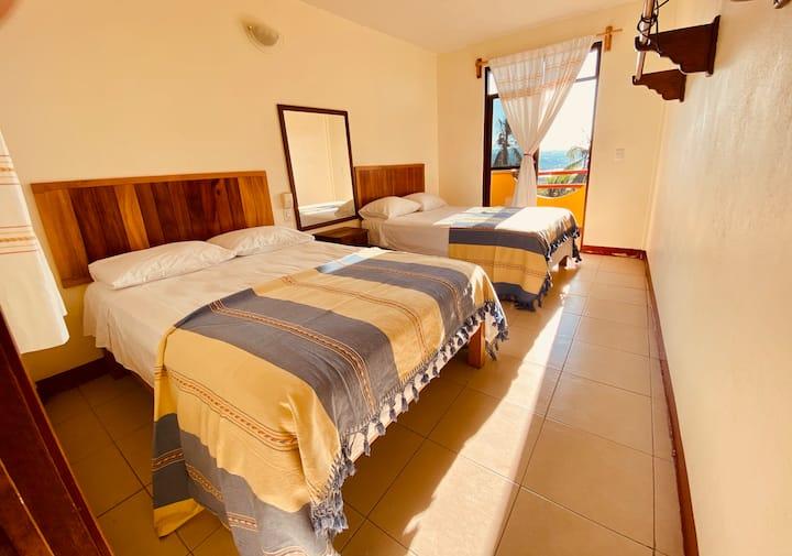 AC7 HERMOSO HOTEL BOUTIQUE EN LA BAHIA PRINCIPAL.