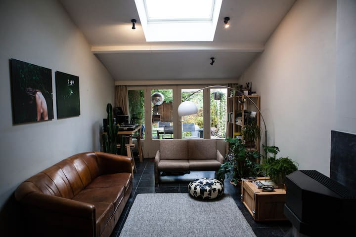 Cosy room in beautiful city house - Leuven - บ้าน