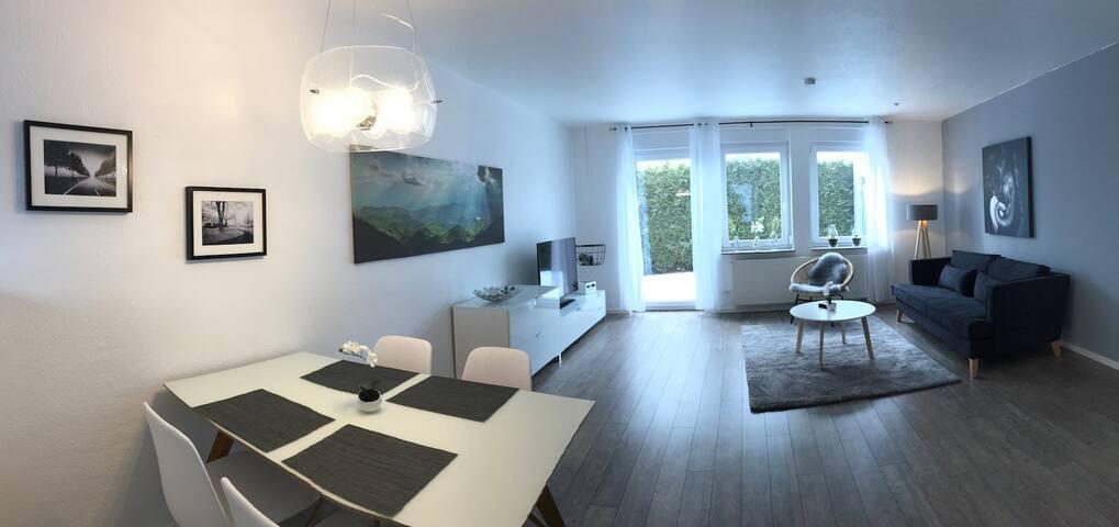 Exklusive 2,5 Zimmer-Ferienwohnung, Reutlingen - Reutlingen - Apartmen