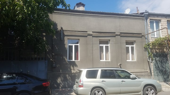 Big, Comfortable House Near Stalin Museum