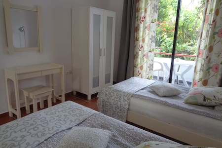 Studio Villa Panagos in Faliraki, close to it all - Faliraki - Apartemen