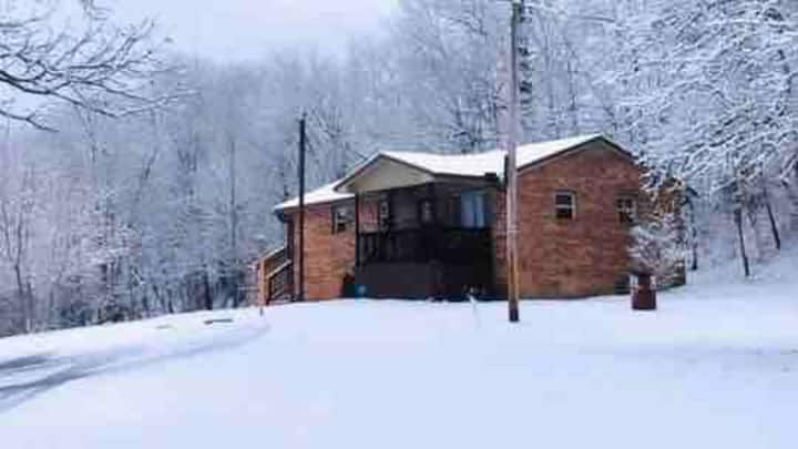 WV Mountain cottage minutes from New River Gorge