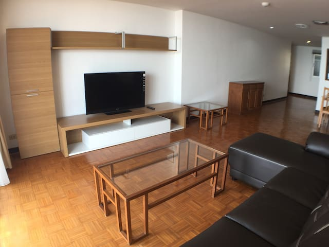 Amazing sea view condo at Sriracha fits 4 people - Chon Buri - Departamento
