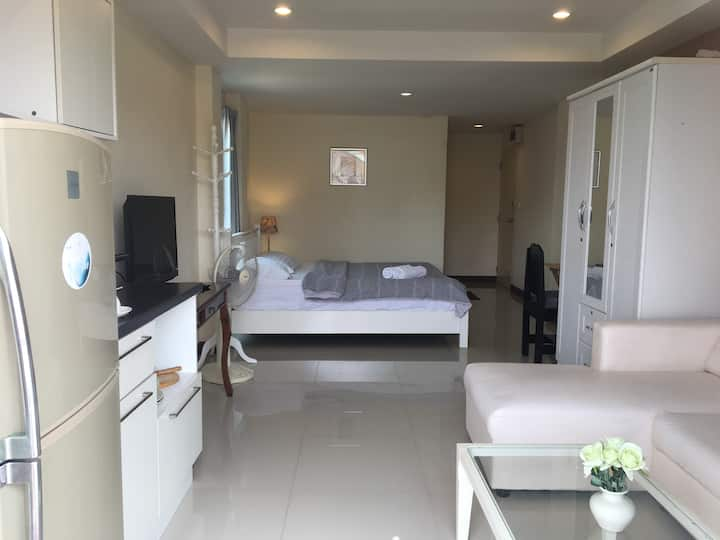 Hua Hin Apartment near beach