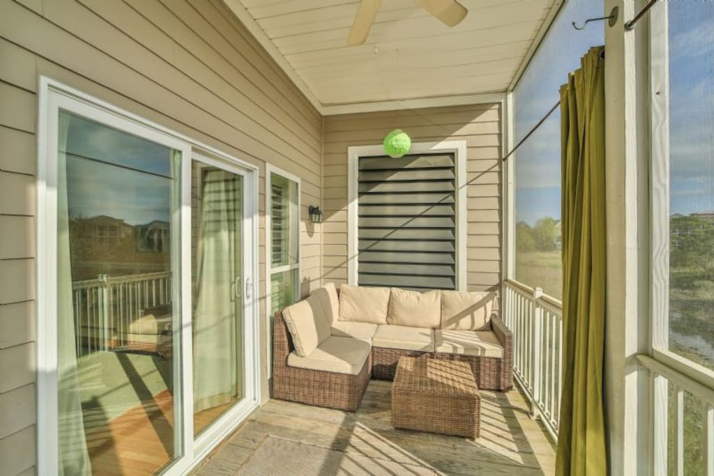 Screened Porch Overlooking Folly River
