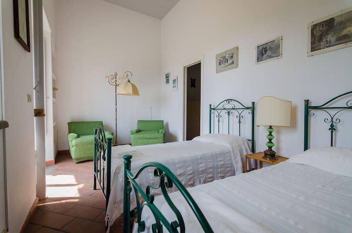 Bedroom 3 with twin bed - Villa del Filosofo by SunTripSicily.com