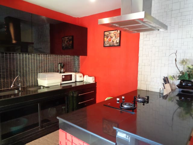 European Standard Kitchen Fully Equipped