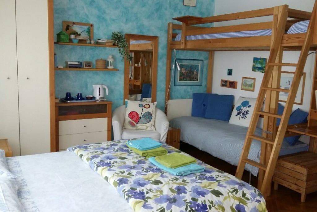 camera azzurra  4 posti letto
