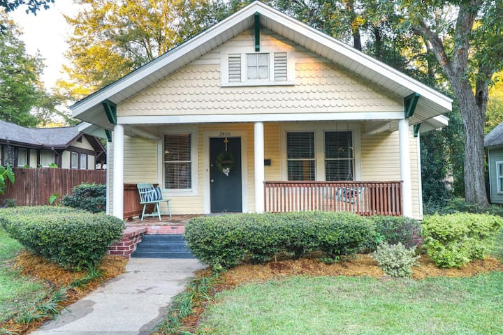 The Cottage on Hazel