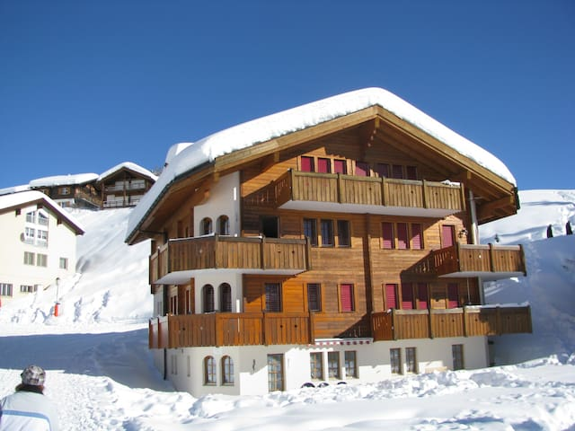Haus Brunnen***, 2.Stock Süd - Riederalp - Apartment