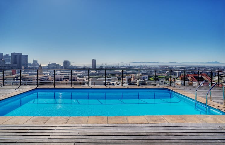 Cape Town,City Centre, Penthouse Floor Apartment - Cape Town - Serviceret lejlighed