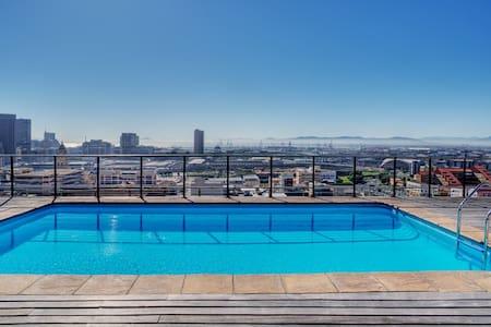 Cape Town,City Centre, Penthouse Floor Apartment - Le Cap