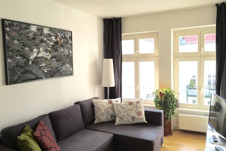 CENTRAL & COSY • up to 4 P • 65 sqm - Berlin