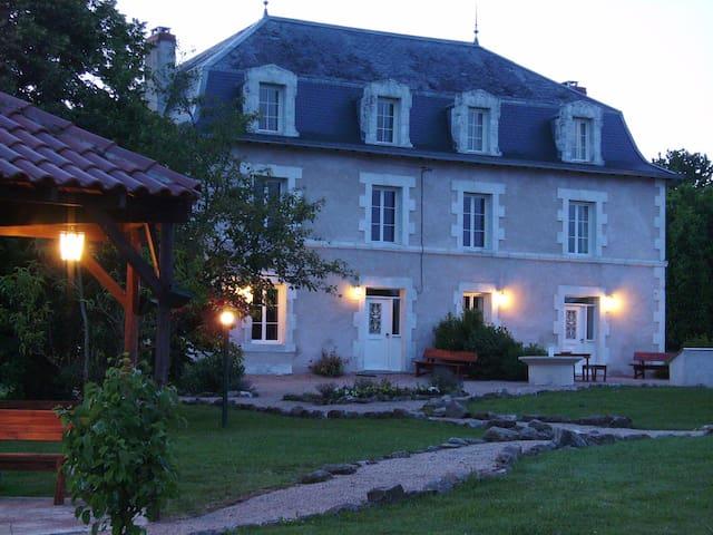 Welkom op Le Grand Etang - Saint-Saud-Lacoussière - Villa