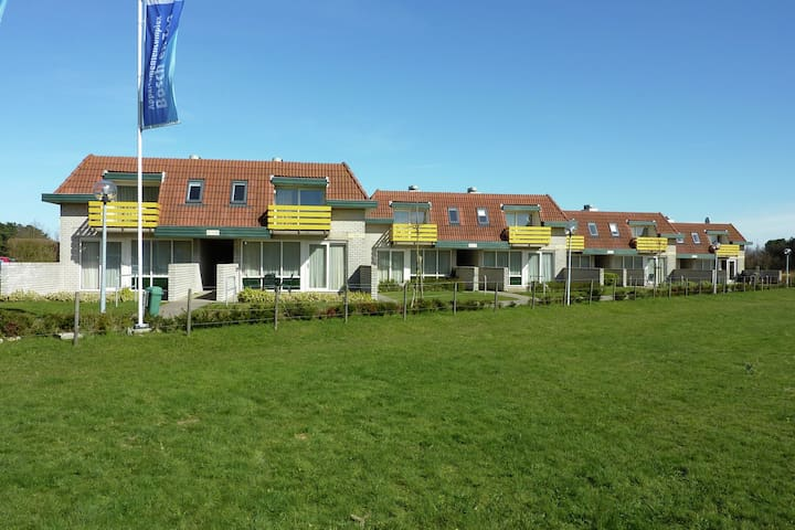 Restyled apartment not far from the beach and sea, on Texel