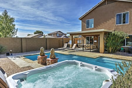 Beautiful 4BR Coolidge Home w/Pool - Coolidge
