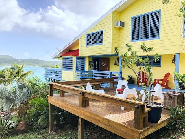 Villa Colirubia - Oceanfront Private Home!