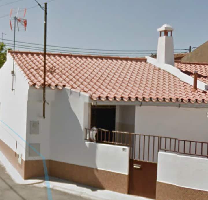 Casa típica em Campinho junto ao Alqueva  110172AL